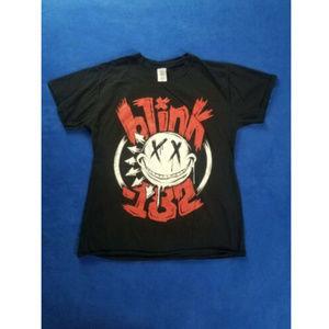 Blink 182 Band European Tour 2014 Tshirt Size M